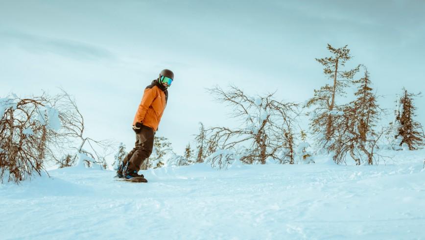 picture ski snowboard ylläs Lapland Travel Äkäslompolo